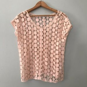 🛑5 for $25 Pink crochet short sleeve top size Xs